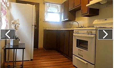 Kitchen, 238 Martsolf Ave, 1