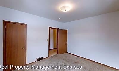 Bedroom, 615 W 12th St, 2