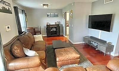 Living Room, 408 Summit Ridge Pl, 1