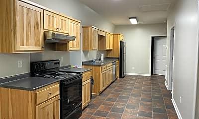 Kitchen, 110 Clay Dr, 2