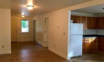 Kitchen, 288 Pleasant St, 2
