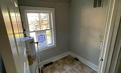 Living Room, 117 Wheeler St, 2