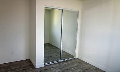 Bedroom, 925 E 81st St, 2