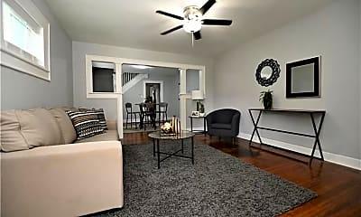 Living Room, 533 N Rural St, 0