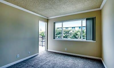 Hillsdale Square Apartments, 1