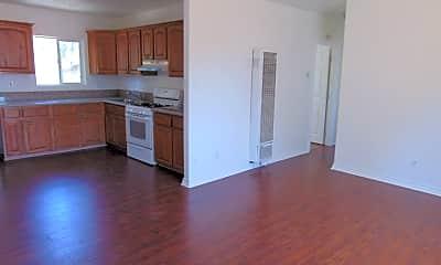 Kitchen, 1818 W 49th St 1820, 1