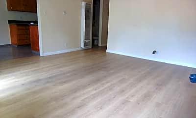 Living Room, 4861 Appian Way, 1
