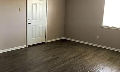 Bedroom, 105 W Reagan Ave, 2