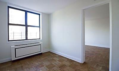 Bedroom, 400 E 71st St, 2