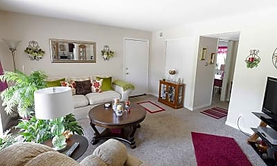 Living Room, Kugler Mill Square Apartments, 1