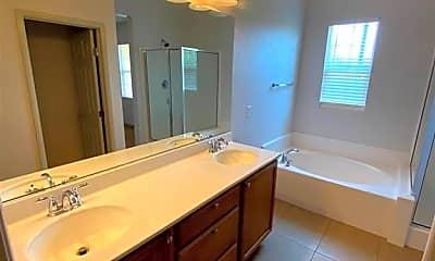 Bathroom, 2023 Rockburne St, 2