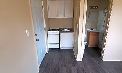 Living Room, 511 Cherry St, 1