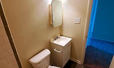 Bathroom, 1822 Williamsburg Rd, 2