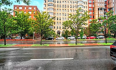 2515 K St NW 712, 1