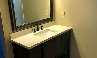Bathroom, 1136 Francisco Ave, 2