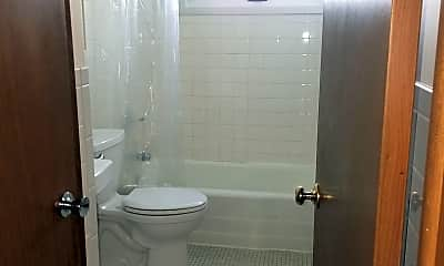 Bathroom, 1943 3rd Ave NE, 1