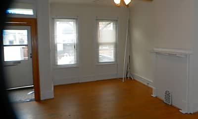 Building, 2514 Carpenter St, 1