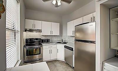 Kitchen, 565 1st St 8, 1