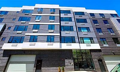 Building, 5711 Washington St, 1