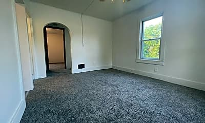 Living Room, 89 Newell St, 1