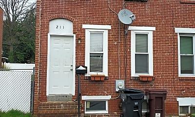 Building, 211 E 22nd St, 0