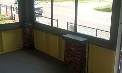 Patio / Deck, 610 SW 3rd St, 1