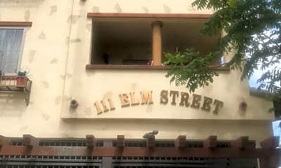Elm Street Commons, 2