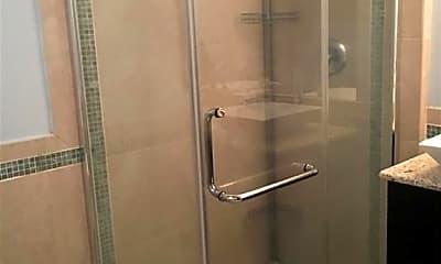 Bathroom, 310 W Broughton St 3007, 1