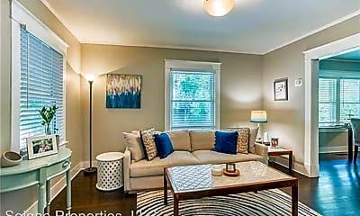 Living Room, 4501 Liberty St, 0