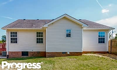 Building, 1328 Dodd Trl, 2