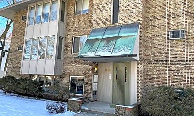 Building, 1400 Morton Ave, 2
