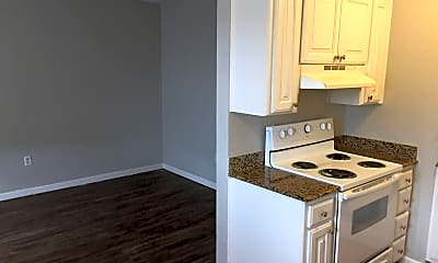 Kitchen, 2015 NW 25th St, 0