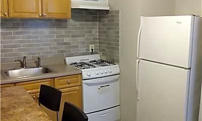 Kitchen, 1304 Oak Ln, 1