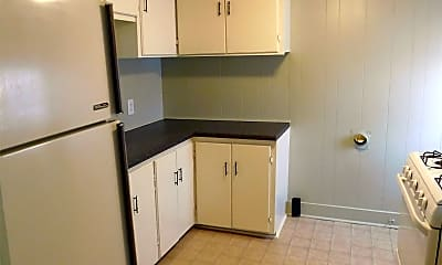 Kitchen, 507 13th St, 2
