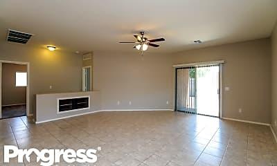 Living Room, 33337 N Sonoran Trl, 1