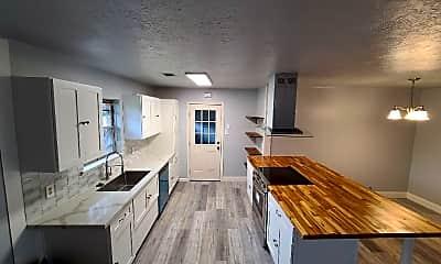 Kitchen, 6023 Sunridge Way, 1