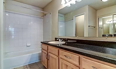 Bathroom, Green Tree Place, 2