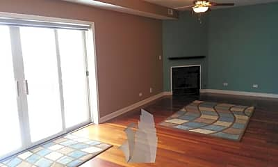 Bedroom, 2158 W Grand Ave, 1