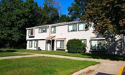 Woodland Hills Apartments, 0
