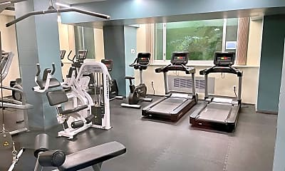 Fitness Weight Room, 4200 Cathedral Ave NW 519, 2