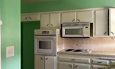 Kitchen, 5925 Sundale Ave, 1