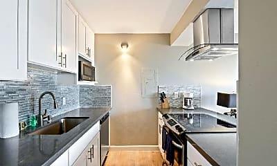 Kitchen, 415 Washington Blvd, 1