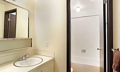 Bathroom, Willamette View (Salem), 2
