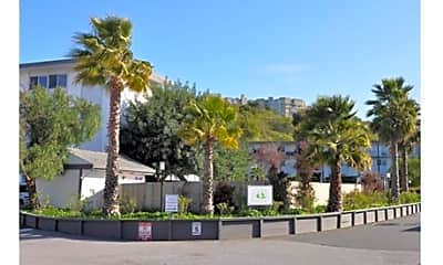 Terra Linda Manor, 2