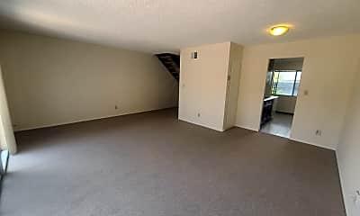 Living Room, 14421 Kings Ct, 1