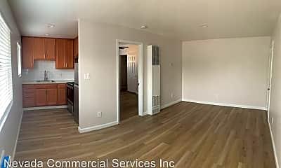 Living Room, 110 Malone Ln, 2