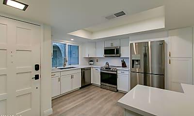 Kitchen, 7316 N Via Camello Del Norte 103, 1