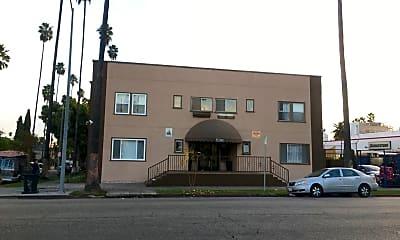 Building, 5200 Hollywood Blvd, 0