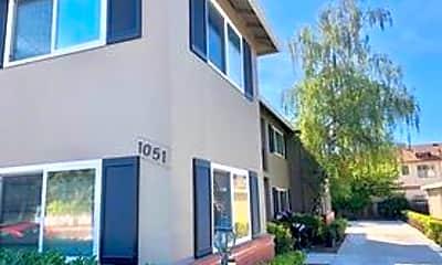 Building, 1051 Santa Cruz Ave, 0