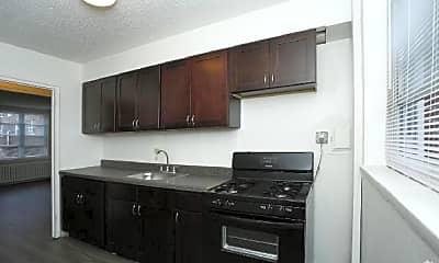 Kitchen, 3300 Fairmount Ave, 1